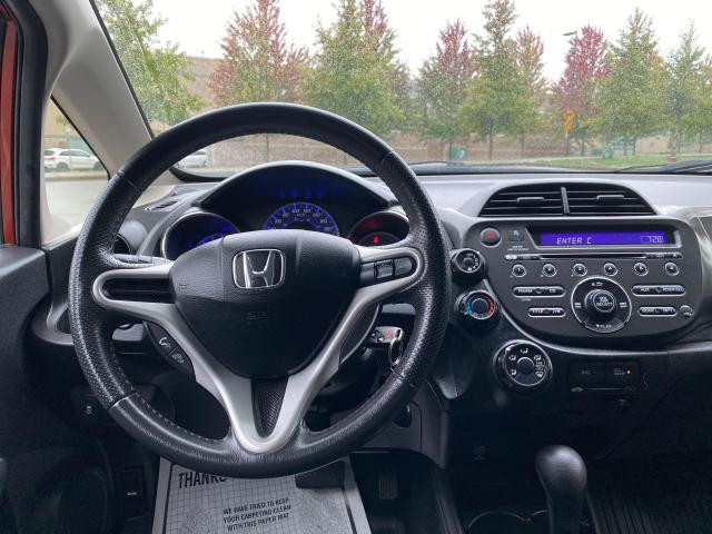 2013 Honda Fit Sport Photo11