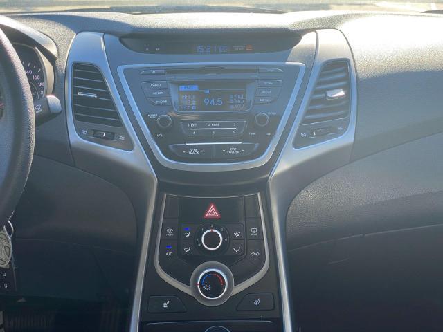 2015 Hyundai Elantra GL Photo14
