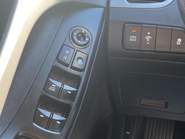 2015 Hyundai Elantra GL Photo17