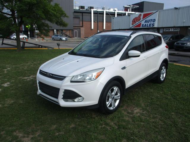 2014 Ford Escape SE ~ PANO ROOF ~ NAV ~ BLUETOOTH ~ SAFETY INCLUDED