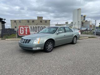 Used 2006 Cadillac DTS V8 | $0 DOWN - EVERYONE APPROVED!! for sale in Calgary, AB