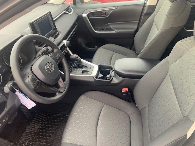 2021 Toyota RAV4 LE AWD