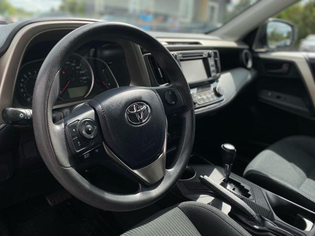 2013 Toyota RAV4 XLE Photo10