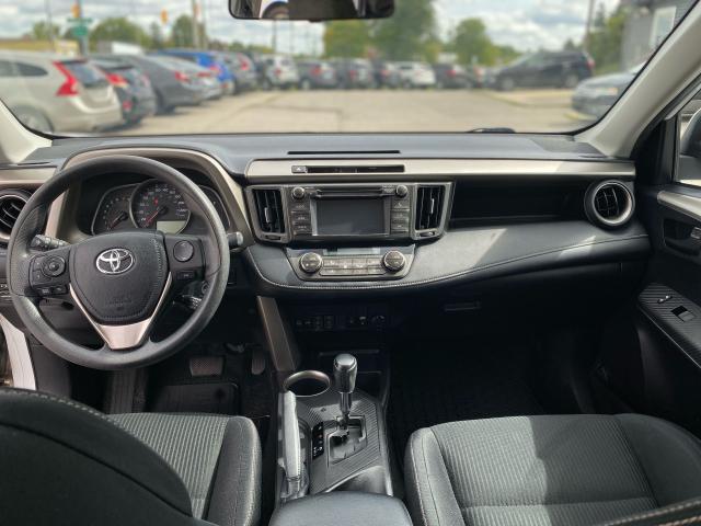 2013 Toyota RAV4 XLE Photo12