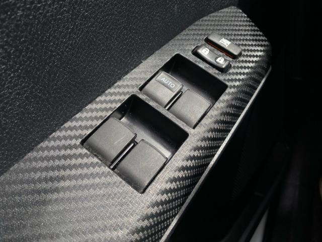 2013 Toyota RAV4 XLE Photo20