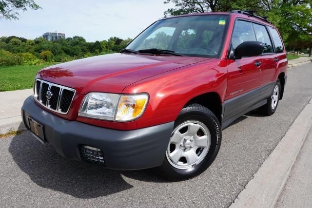 2002 Subaru Forester 1 OWNER / NO ACCIDENTS / LOW KM'S/ MANUAL/STUNNING