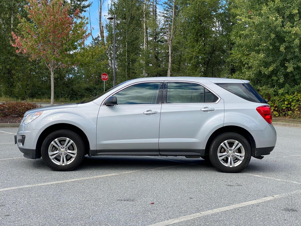 2011 Chevrolet Equinox LS Photo2