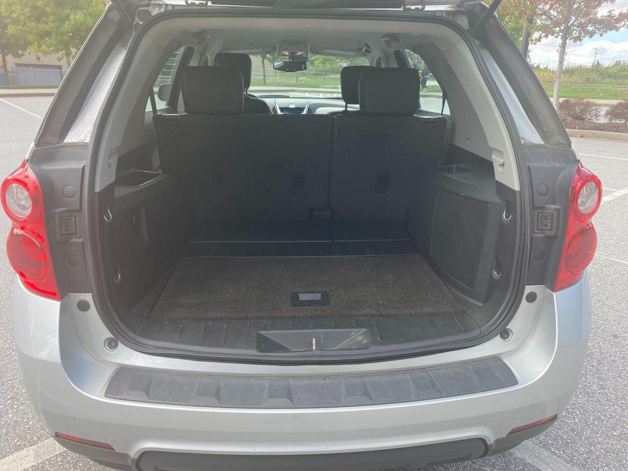 2011 Chevrolet Equinox LS Photo9
