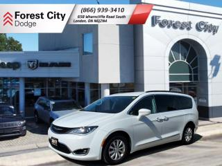 Used 2017 Chrysler Pacifica Touring-L TOURL for sale in London, ON
