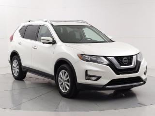 Used 2018 Nissan Rogue SV Tech AWD, Apple CarPlay, Nav, Moonroof, Heated steering/seats for sale in Winnipeg, MB