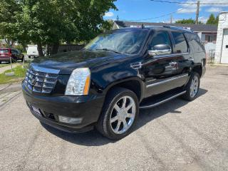 Used 2010 Cadillac Escalade AWD/7 Passenger/DVD/Bckup Cam/Comes Certified for sale in Scarborough, ON