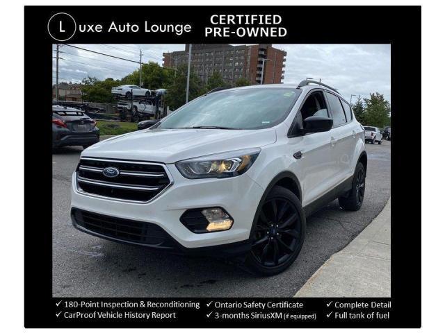 2017 Ford Escape SE AWD, NAVIGATION, HEATED SEATS, BACK-UP CAMERA!