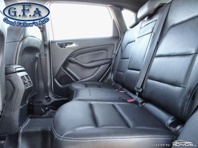 2018 Mercedes-Benz B250 4MATIC, PAN ROOF, LEATHER SEATS, REARVIEW CAMERA Photo9