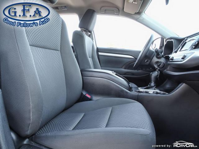 2016 Toyota Highlander LE MODEL, 8 PASSENGER, REARVIEW CAMERA, BLUETOOTH Photo10