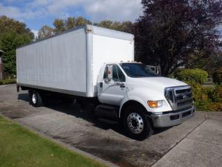 Used 2011 Ford F-750 Cube Van 28 Foot  2WD Dually Hydraulic Brakes Diesel Power Tailgate 3 Seater for sale in Burnaby, BC