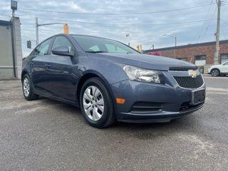 Used 2014 Chevrolet Cruze 1LT**LOW MILEAGE**GOOD CONDITION for sale in Hamilton, ON