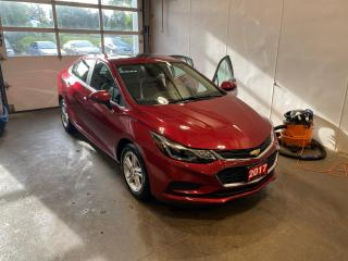 Used 2017 Chevrolet Cruze LT Auto ONE OWNER, SUNROOF, BOSE SPEAKERS, REMOTE START, HEATED SEATS for sale in Mississauga, ON