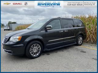 Used 2011 Chrysler Town & Country Limited LEATHER SEATS | DVD PLAYER | KEYLESS ENTRY | POWER WINDOWS | POWER SEATS for sale in Wallaceburg, ON