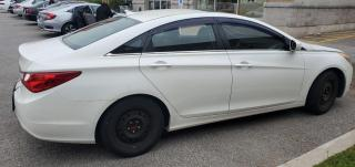 Used 2012 Hyundai Sonata GLS alloys and roof for sale in North York, ON