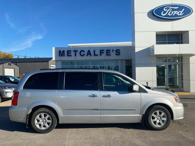 2011 Chrysler Town & Country Touring ED