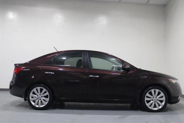 2011 Kia Forte LEATHER, WE APPROVE ALL CREDIT