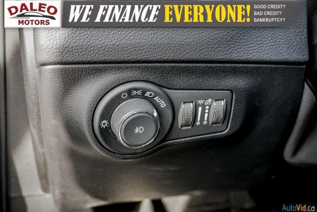 2019 Jeep Compass LIMITED / NAVI / LEATHER / REMOTE START / PANOROOF Photo18