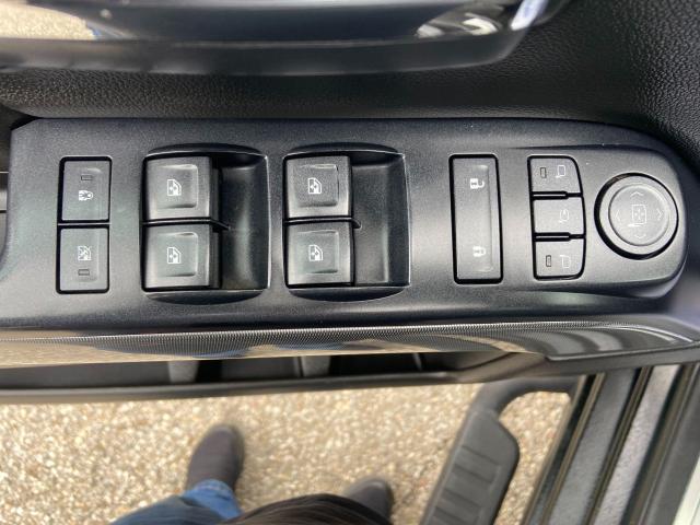 2017 Chevrolet Silverado 1500 LTZ**LEATHER*SUNROOF* Photo13