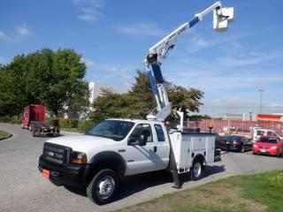 Used 2006 Ford F-550 XL SuperCab 4WD Dually  Bucket Truck Diesel for sale in Burnaby, BC