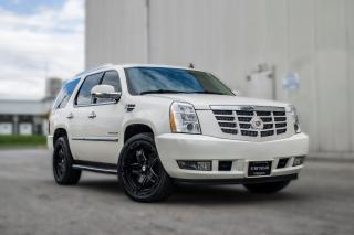 Used 2012 Cadillac Escalade Luxury | ROOF | REMOTE STARTER | LOW KM | NO ACCID for sale in Toronto, ON