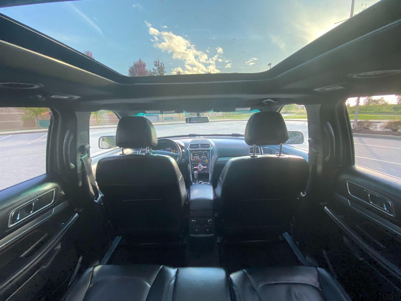 2016 Ford Explorer SPORT Photo14