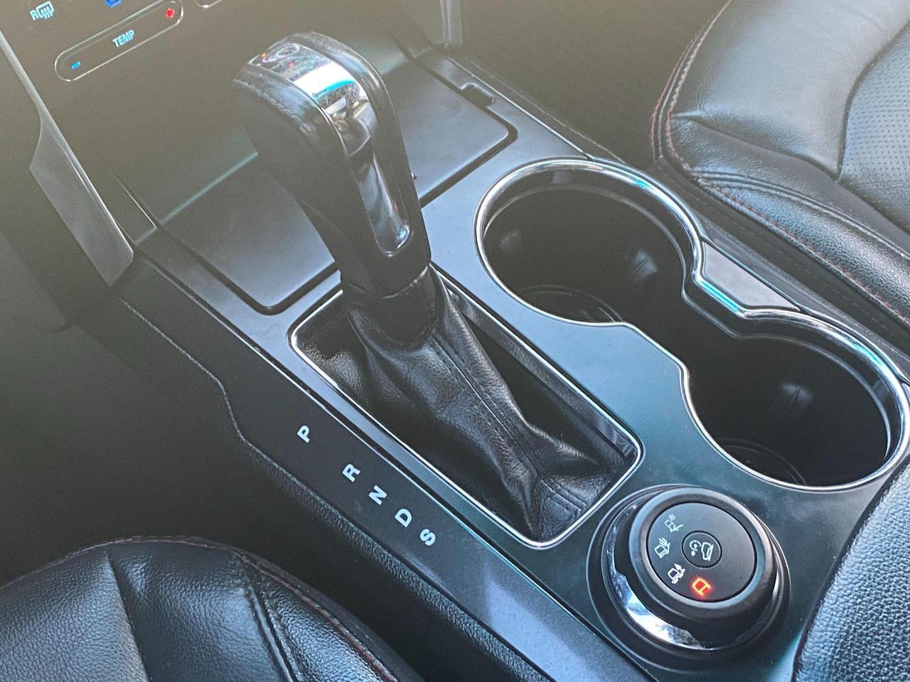 2016 Ford Explorer SPORT Photo21