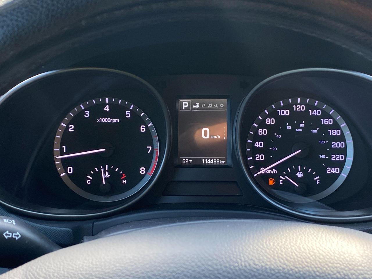 2017 Hyundai Santa Fe XL Ultimate Photo18