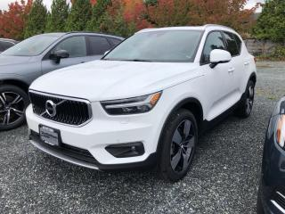 New 2022 Volvo XC40 T5 Momentum for sale in Surrey, BC