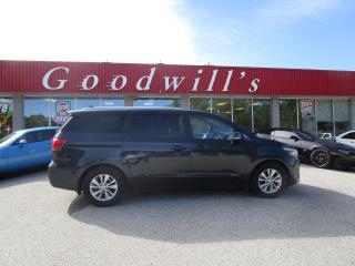 Used 2017 Kia Sedona CLEAN CARFFAX! 8 PASSENGER! REMOTE START! for sale in Aylmer, ON