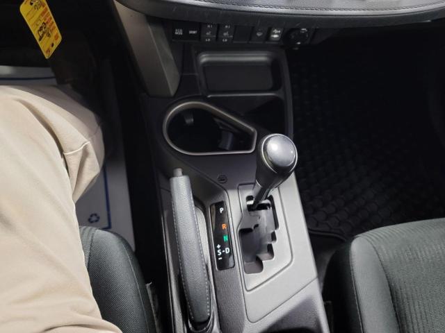 2018 Toyota RAV4 LE FWD Photo17