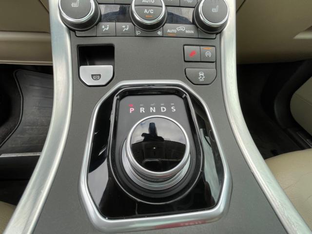 2015 Land Rover Range Rover Evoque Premium  Navigation/Panoramic Sunroof/Blind Spot Photo16