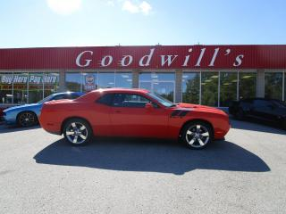 Used 2009 Dodge Challenger R/T, CLEAN CARFAX, SUNROOF! for sale in Aylmer, ON