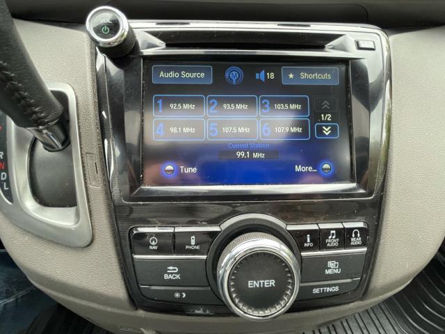 2016 Honda Odyssey Touring Navigation /Sunroof /DVD /8 Pass Photo15