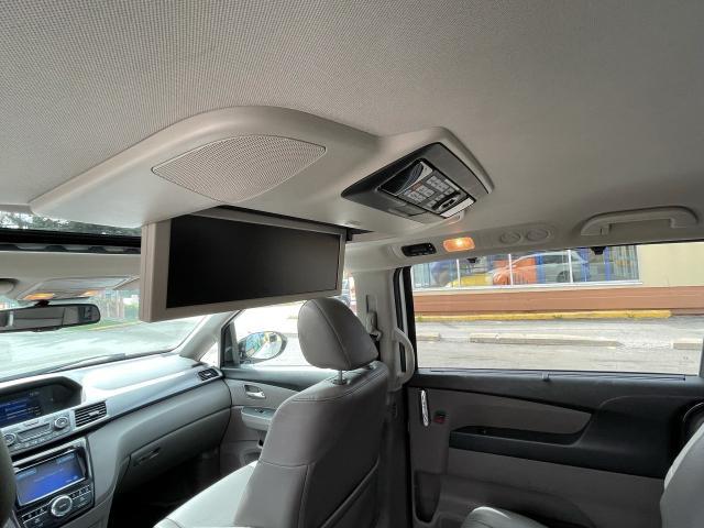 2014 Honda Odyssey Touring Navigation /Sunroof /DVD /8 Pass Photo11