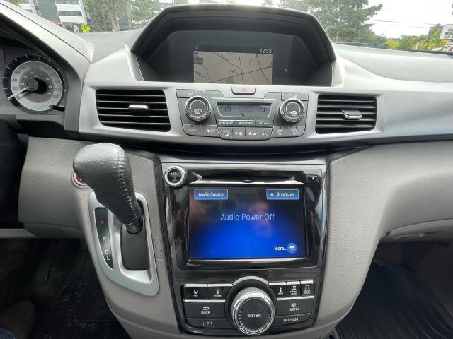 2014 Honda Odyssey Touring Navigation /Sunroof /DVD /8 Pass Photo15