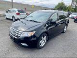 2013 Honda Odyssey Touring Navigation/Sunroof /DVD /8 Pass Photo3
