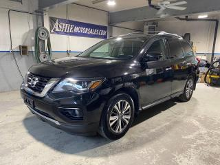 Used 2018 Nissan Pathfinder 4x4 SL Premium for sale in Kingston, ON