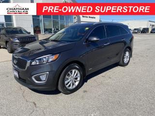 Used 2018 Kia Sorento 2.4L LX for sale in Chatham, ON