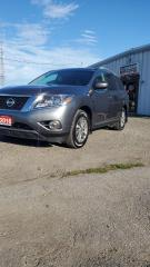 Used 2016 Nissan Pathfinder SL for sale in Cambridge, ON
