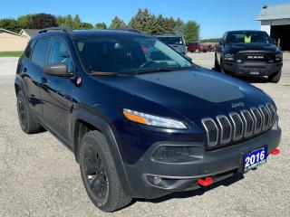 Used 2016 Jeep Cherokee Trailhawk for sale in Petrolia, ON