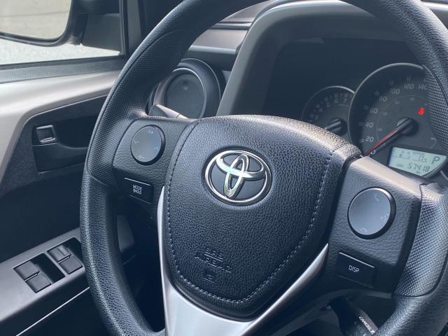 2016 Toyota RAV4 LE Photo14