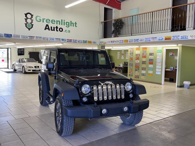 2014 Jeep Wrangler SPORT Photo2