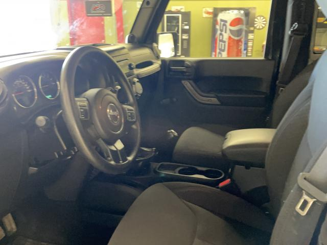 2014 Jeep Wrangler SPORT Photo9