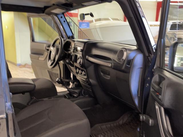 2014 Jeep Wrangler SPORT Photo11