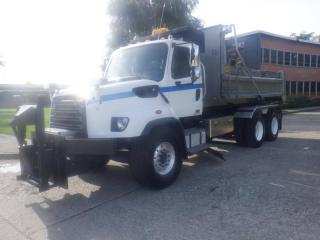 Used 2013 Freightliner 114SD Hook Truck with Dump Box And Plow Diesel With Air Brakes for sale in Burnaby, BC